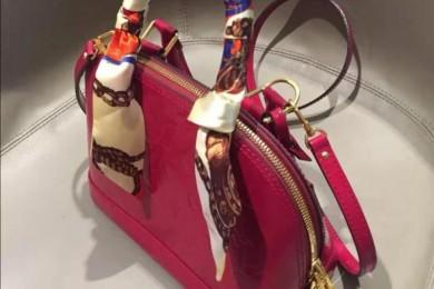看了就不由得剁手的包包颜值高时尚美观也不会撞包